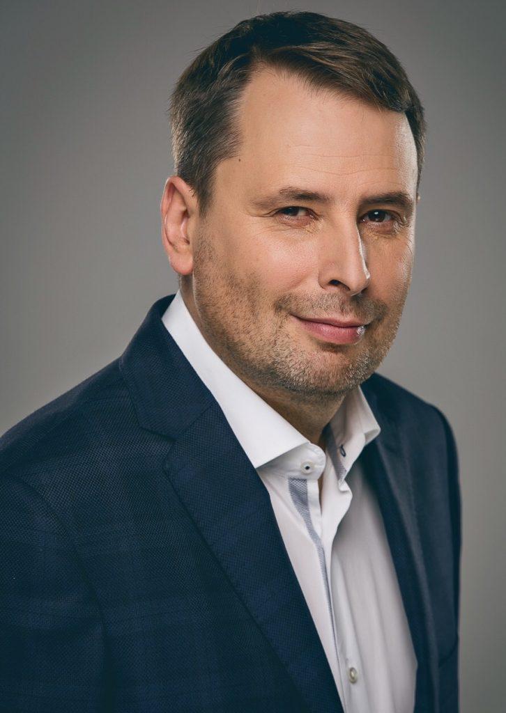 Robert Busz dyrektor zarządzający Equinix Polska