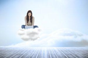 Chmury nie straszne ekspertów brak
